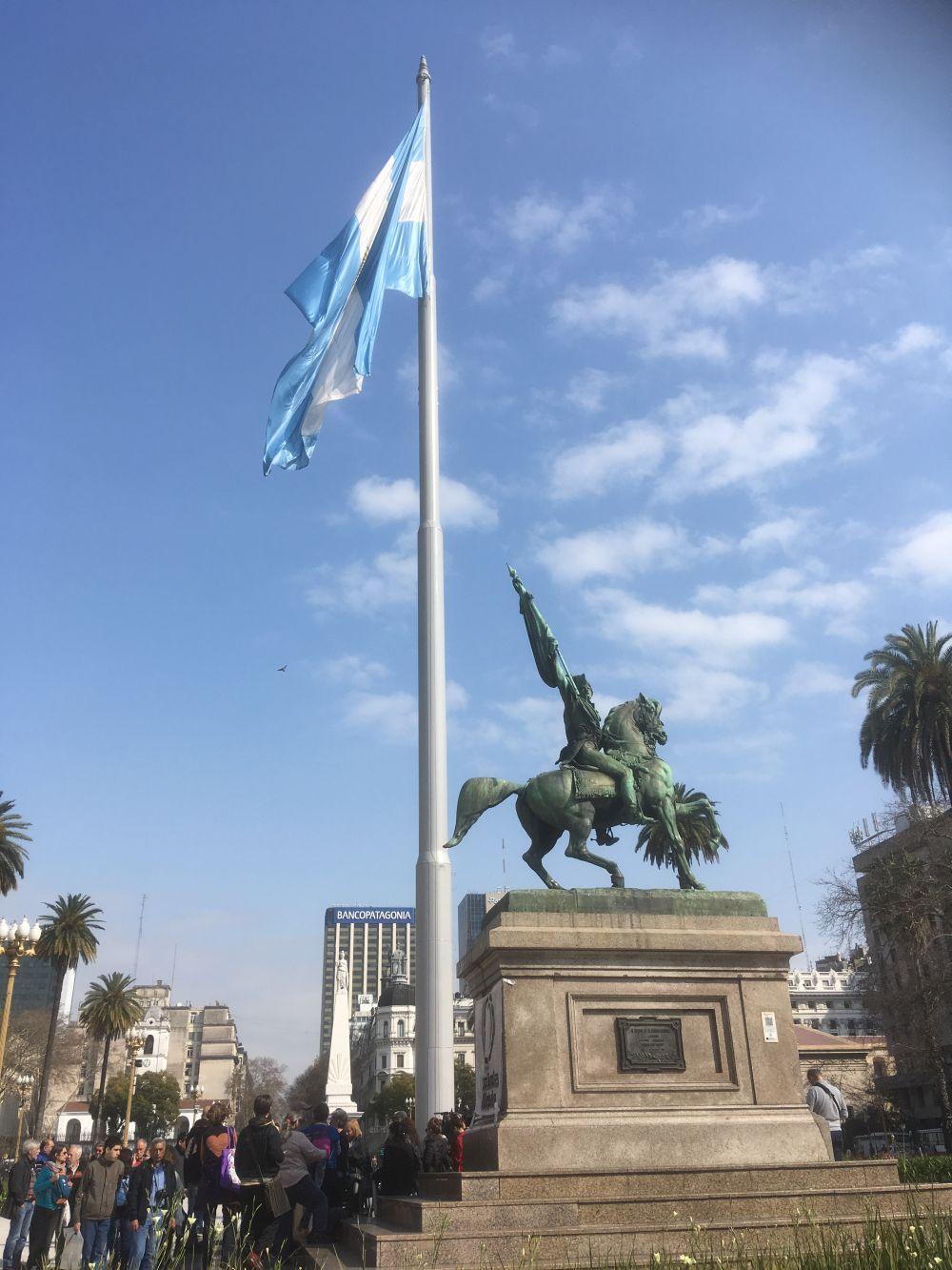 04-Plaza-de-Mayo